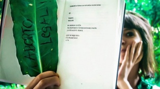 Florencia Kirchner pidió aborto legal y ESI en todos los colegios