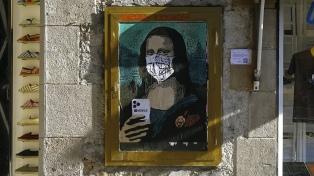 """""""Mobile World Virus"""", la obra que destaca la fobia al coronavirus"""