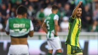 Huracán goleó a Banfield en el Florencio Sola
