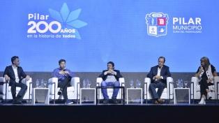 Kicillof, Bordet y Rodenas participaron de un acto por el 200° aniversario del Tratado del Pilar