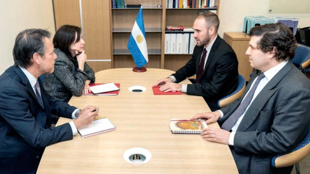 Una misión técnica del FMI llegará a la Argentina el lunes - Télam -  Agencia Nacional de Noticias