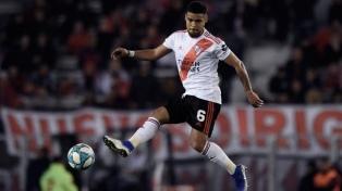 Paulo Díaz regresó a Chile y seguirá en cuarentena junto a su familia