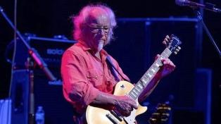 El guitarrista de Jethro Tull viene a la Argentina para festejar 50 años de la banda