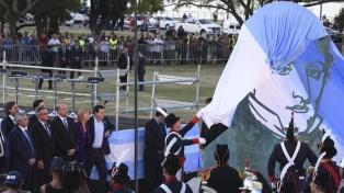 Autoridades nacionales y provinciales Inauguran Monumento al General Belgrano
