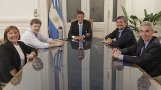 Meoni analizó con Sergio Massa la conexión entre Tierra del Fuego con Santa Cruz sin pasar por Chile