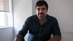 """Óscar Andrade: """"No hay forma de que se aplique el programa de gobierno conservador"""""""