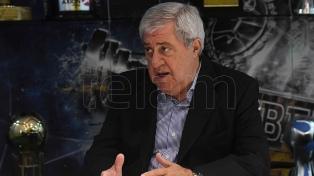 Ameal piensa en el duelo ante Libertad por la Copa, con plantel completo