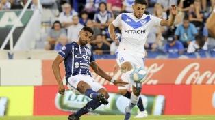Godoy Cruz sorprendió a Vélez en Liniers