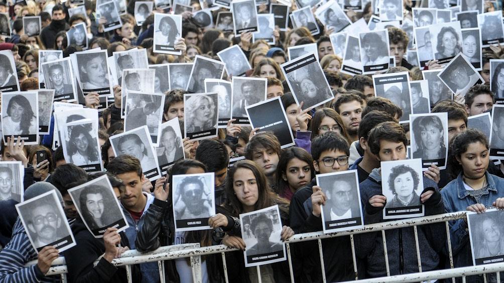 Familiares de Víctimas solicitan la pena de prisión perpetua porque entienden que Telleldín sabía del atentado y proveyó el vehículo donde estaban los explosivos.