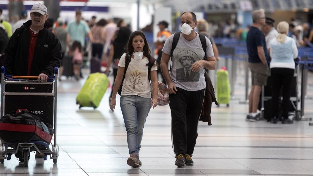 Se elimina el aislamiento para quienes regresan del exterior con vacunación completa