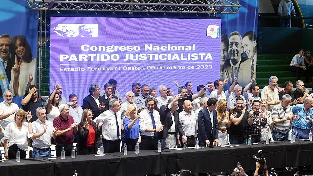 Congreso partidario realizado en marzo en el club Ferro, donde se llamó a elecciones internas para renovar autoridades.