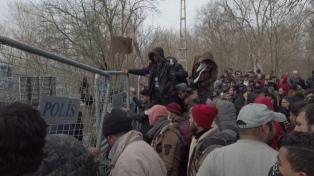 Grecia construirá dos centros temporales de refugiados