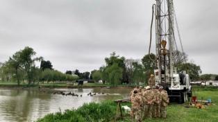 Partieron de Campo de Mayo los equipos que perforarán pozos en las comunidades wichi