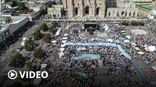 Con una masiva misa, la Iglesia Católica se manifestó contra la legalización del aborto