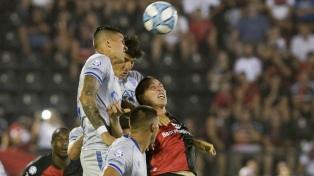 Godoy Cruz logró su segunda victoria seguida como visitante al superar a Newell's
