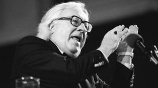 Ray Bradbury sigue dialogando vigorosamente con los nuevos contextos sociales