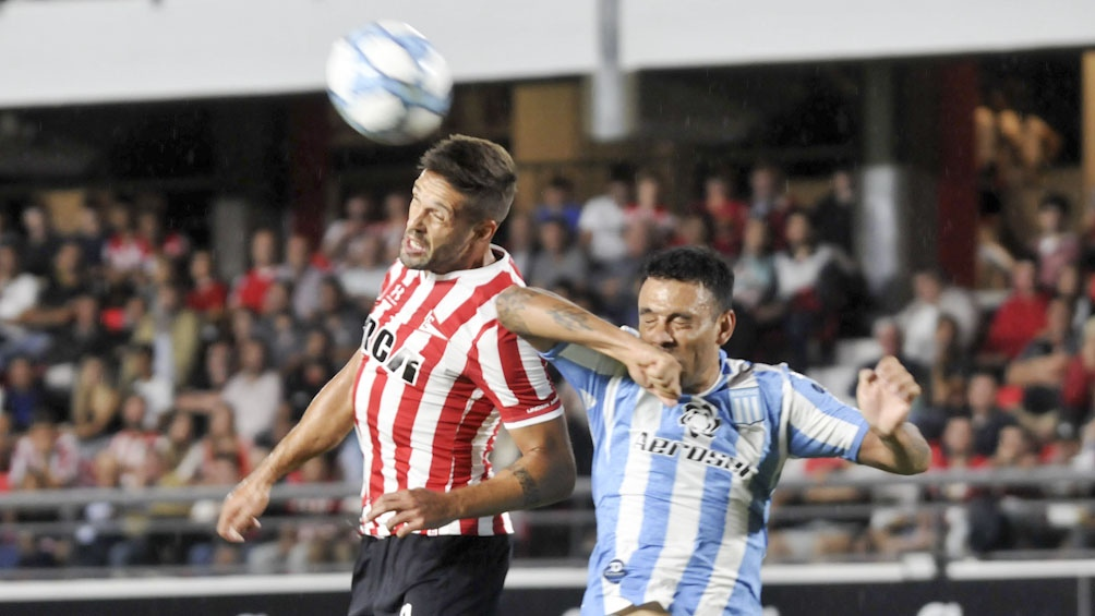 Estudiantes de La Plata debuta ante Aldosivi en Mar del Plata (foto archivo)