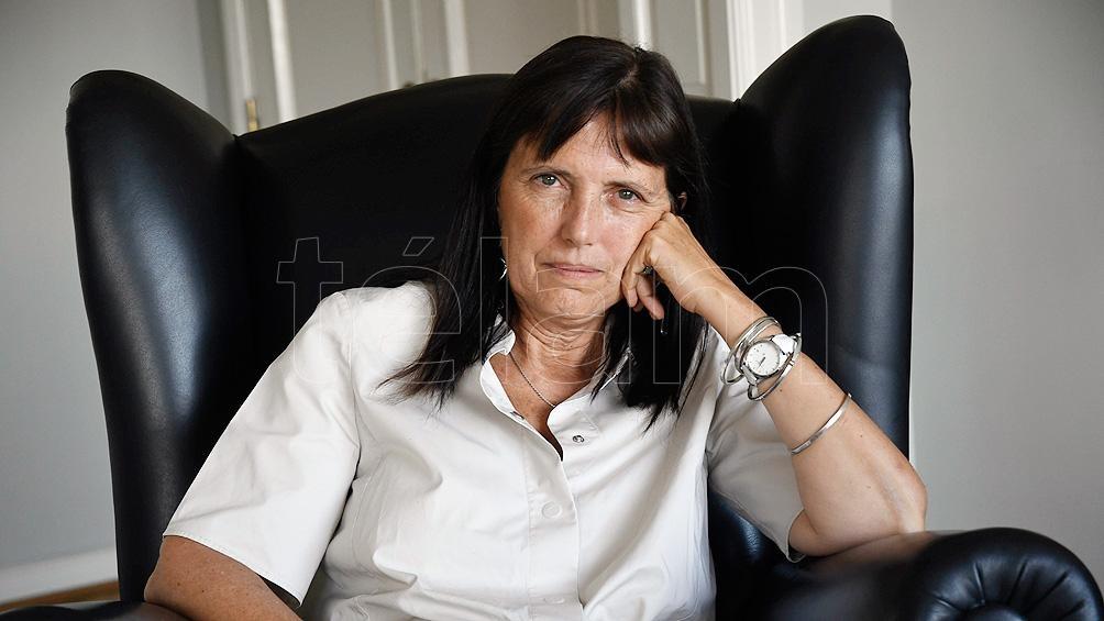 Claudia Piñeiro, una de las autoras que cedió un texto.