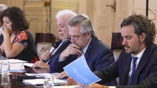 El Gobierno profundiza la asistencia alimentaria y empodera a intendentes del conurbano