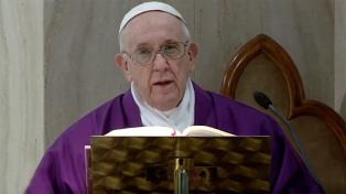 """Francisco pide una tregua """"mundial e inmediata"""" para hacer llegar ayuda humanitaria"""