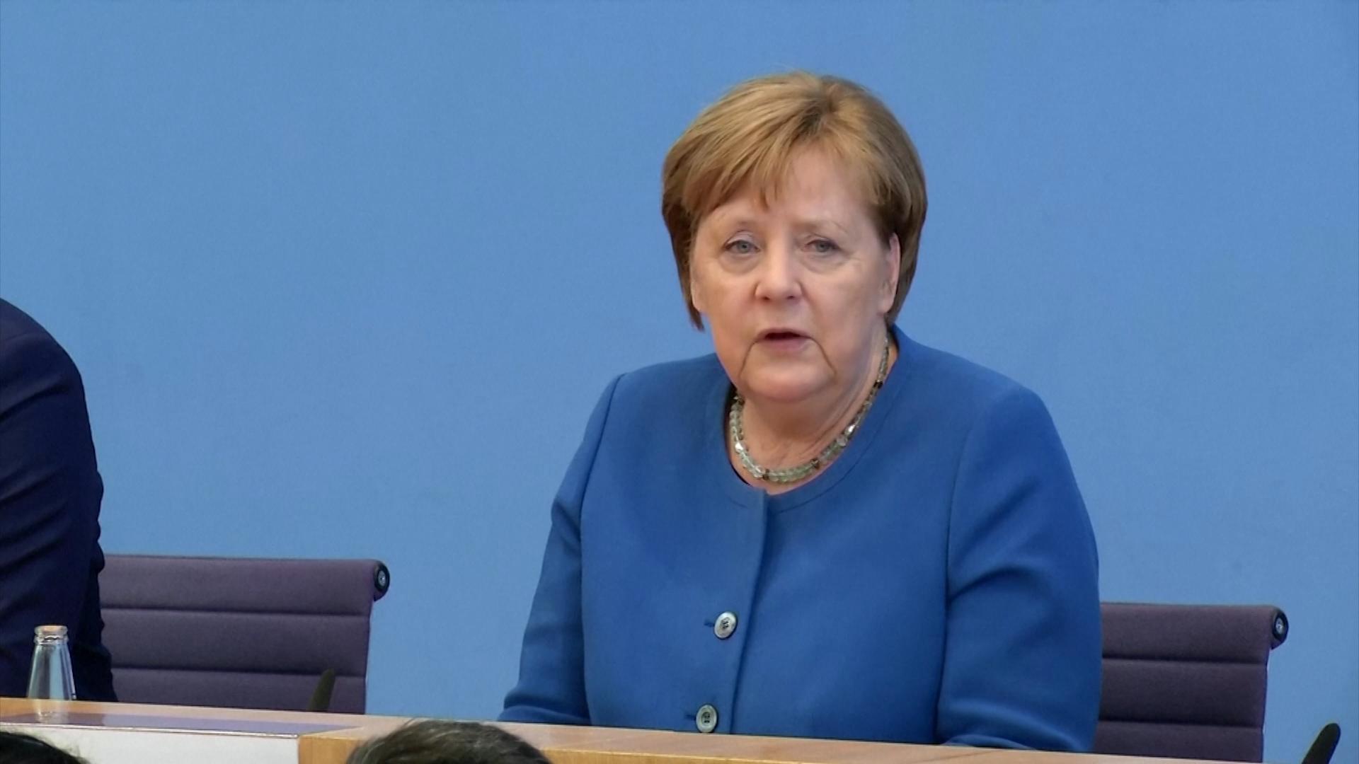 Angela Merkel, en aislamiento luego de que su médico diera positivo de coronavirus