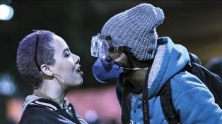 """Cineasta retrata revuelta de la juventud brasileña """"capaz de decir ya basta"""""""