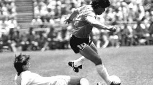 """Los guionistas de """"Maradona: Sueño bendito"""" ante el desafío de escribir para el streaming"""