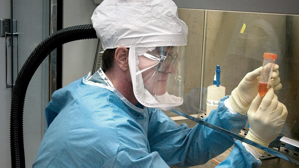 Lograron aislar la principal enzima del coronavirus y crean un compuesto para inhibirlo