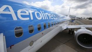 """""""Trabajamos para atender a argentinos en el exterior"""", dijo el presidente de Aerolíneas"""