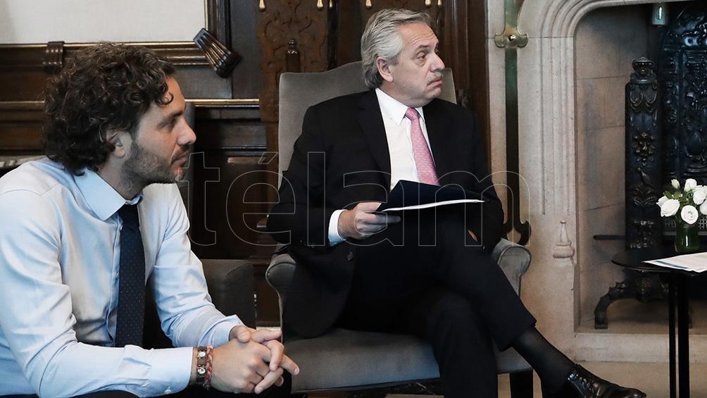 El canciller Santiago Cafiero y el presidente Alberto Fernández conversaron sobre el fortalecimiento del Mercosur. Foto: archivo Télam.