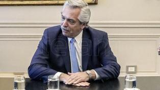 """Alberto Fernández envió un mensaje a una radio: """"Lo mejor es quedarse en casa"""""""