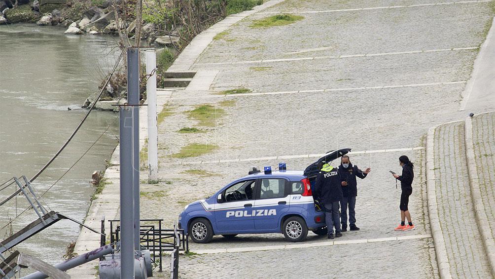 Italia: cuarto día consecutivo con leve baja de contagios