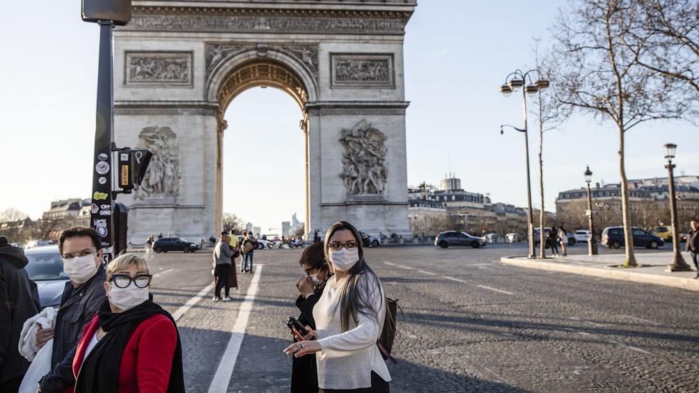 El miedo a la pandemia en la tarde de París
