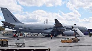 Con aviones militares, Francia comienza a evacuar enfermos de otras zonas del país