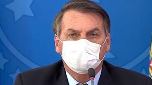 """Cloroquina: la """"bandera"""" de Bolsonaro que desafía el rigor científico"""
