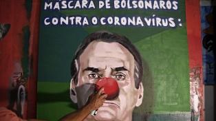 La pandemia expuso a Bolsonaro a movimientos destituyentes por izquierda y derecha