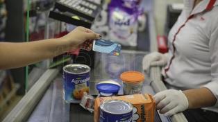 Los precios subieron en mayo 1,5% y por primera vez en 2020 alimentos quedaron abajo del promedio