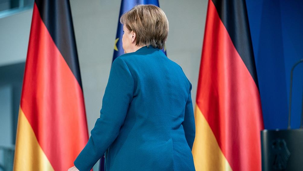 Angela Merkel se va del Gobierno después de la peor elección de la historia del partido conservador. (Foto: AFP)