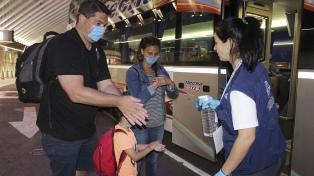 Prorrogaron la emergencia sanitaria y se restringirán viajes desde y hacia zonas afectadas