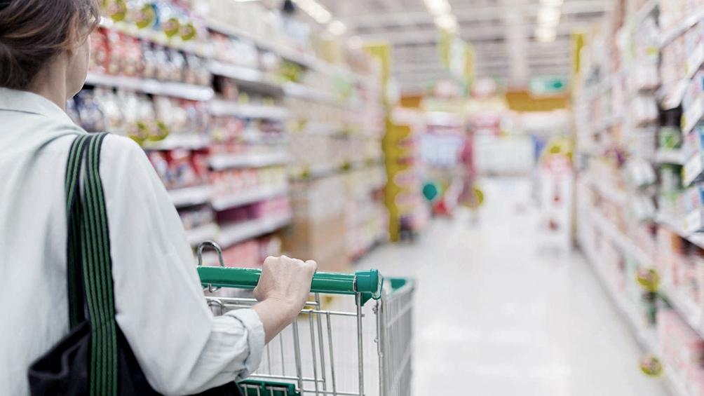 Las ventas en los grandes supermercados marcaron en junio una caída de 0,4% respecto a mayo