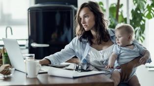 Cómo ser una madre teletrabajadora y no morir en el intento