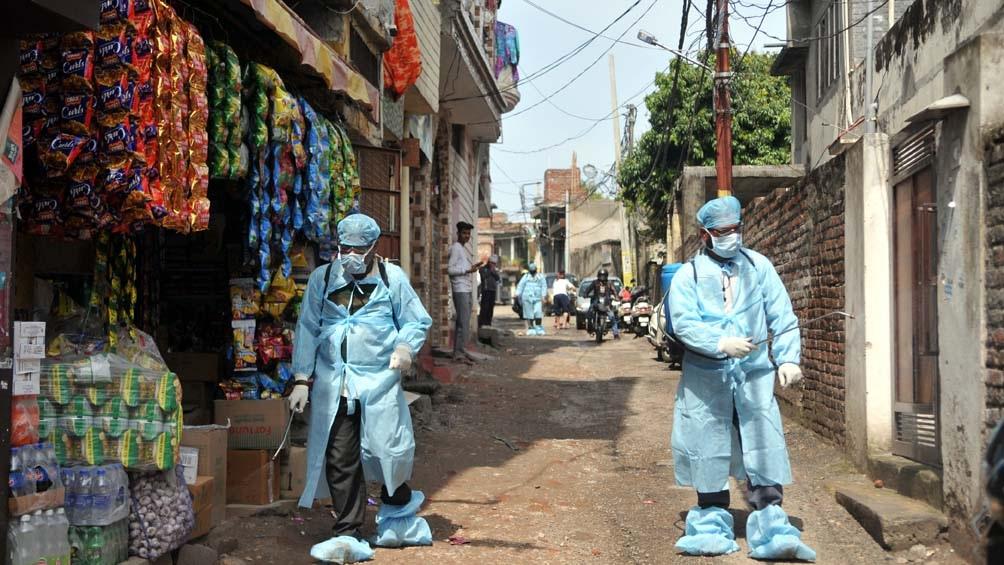 El Ministerio de Sanidad afirmó que más de 70% de las personas que murieron por coronavirus tenían patologías previas.