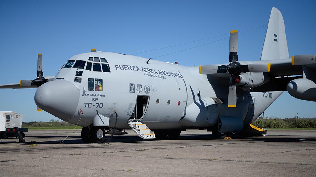 Arribaron dos Hércules de la Fuerza Aérea con 140 argentinos repatriados de Perú