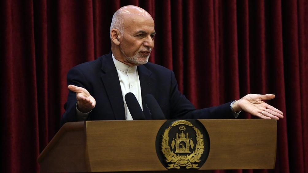 El presidente Ashraf Ghani huyó este domingo de Afganistán