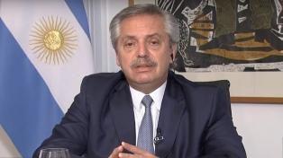 Fernandez anunció la carga semanal de la Tarjeta Alimentaria