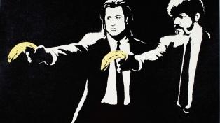 Pagan 1,4 millones de dólares por grabados de Banksy subastados on line