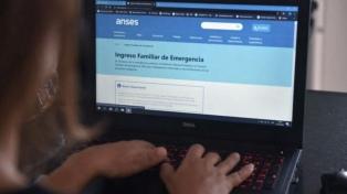 Casi seis millones de personas ya se inscribieron para percibir el ingreso familiar de $10.000