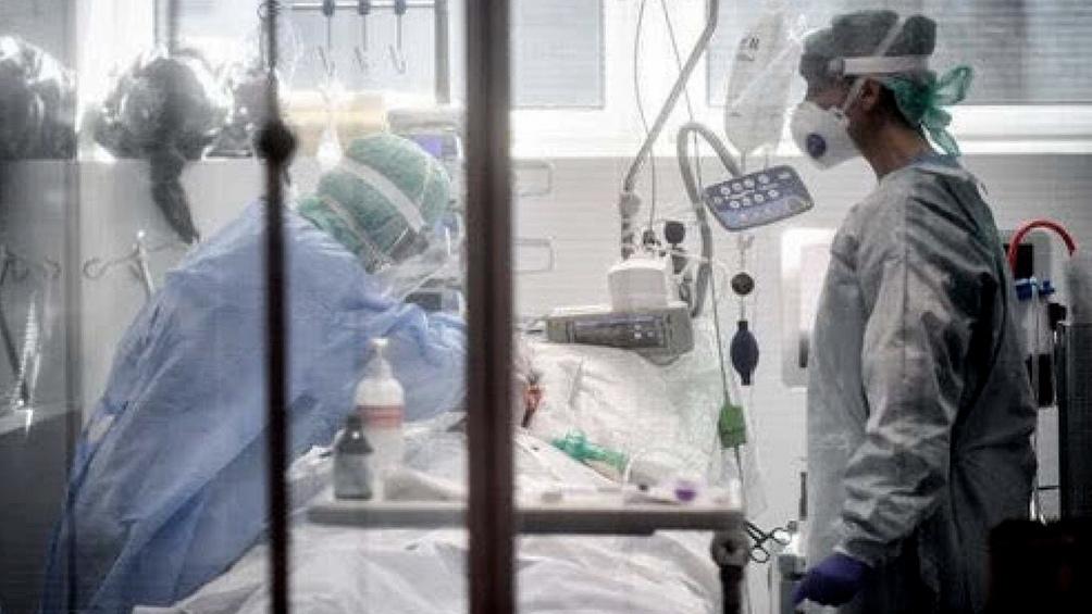 Desde el comienzo de la pandemia los fallecidos por coronavirus fueron 47.974 .