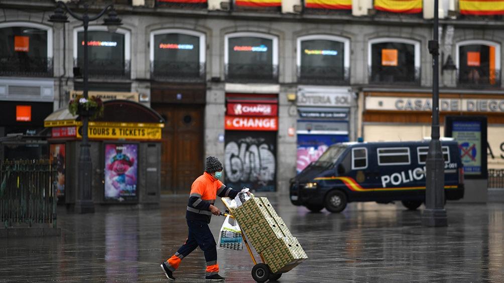 Con el fallecimiento de 637 personas, España registra otra caída en el número de muertos diarios