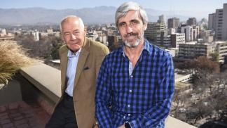 Dos ex combatientes: Geoffrey Cardozo y Julio Aro.